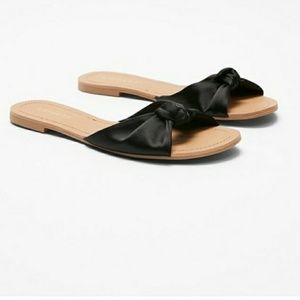 Satin Knotted Slides